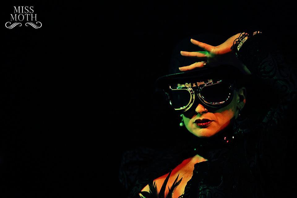 burlesque-cardiff-passion-inkline